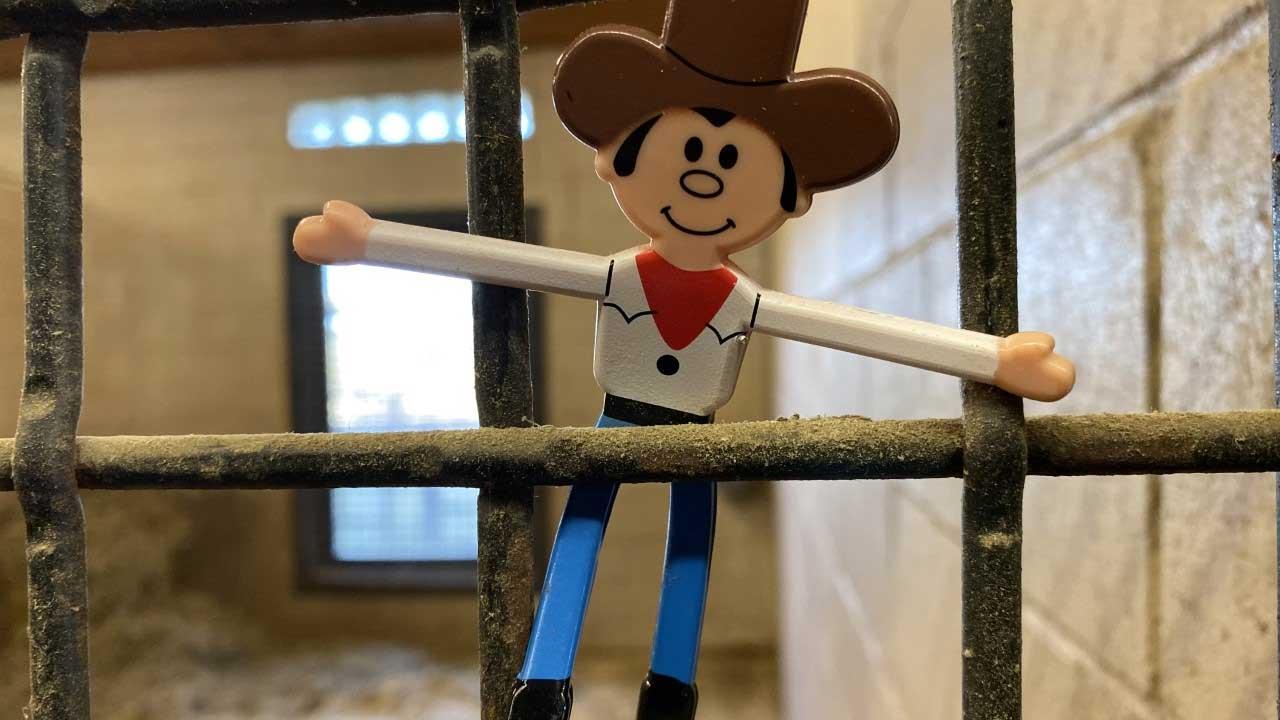 #CowboyOnTheRail